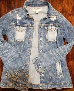 Arizona sz medium junior'sdistressed denim jacket